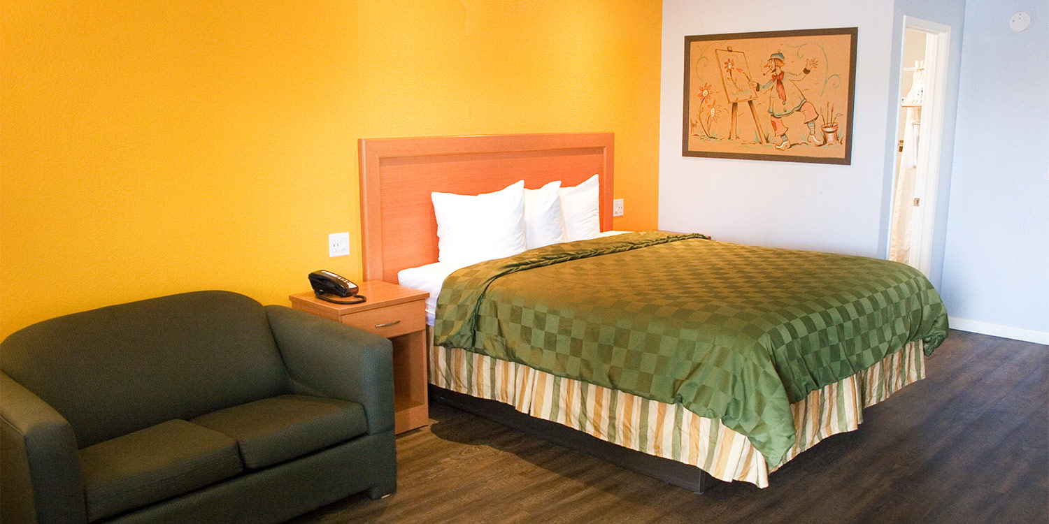 Welcome to the Keefer's Inn - a family tradition offering comfortable and affordable lodging in King City, CA